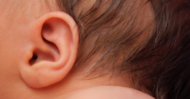 baby ear is smelly